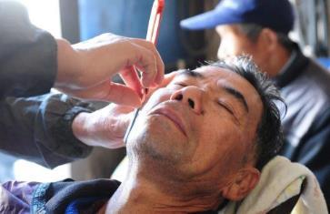 开个小理发店一年收入多少钱?15平米年收入20万!