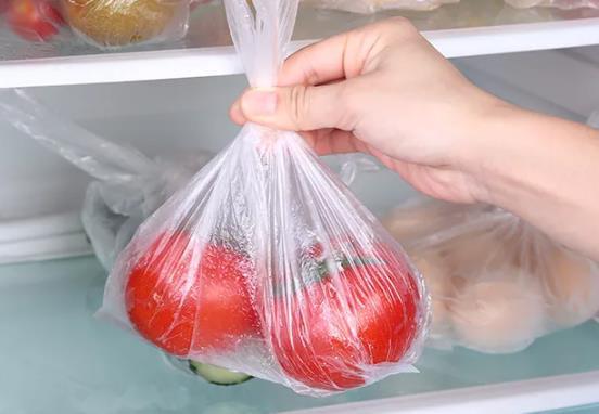 买菜塑料袋放冰箱有没有危害?我也是刚知道!